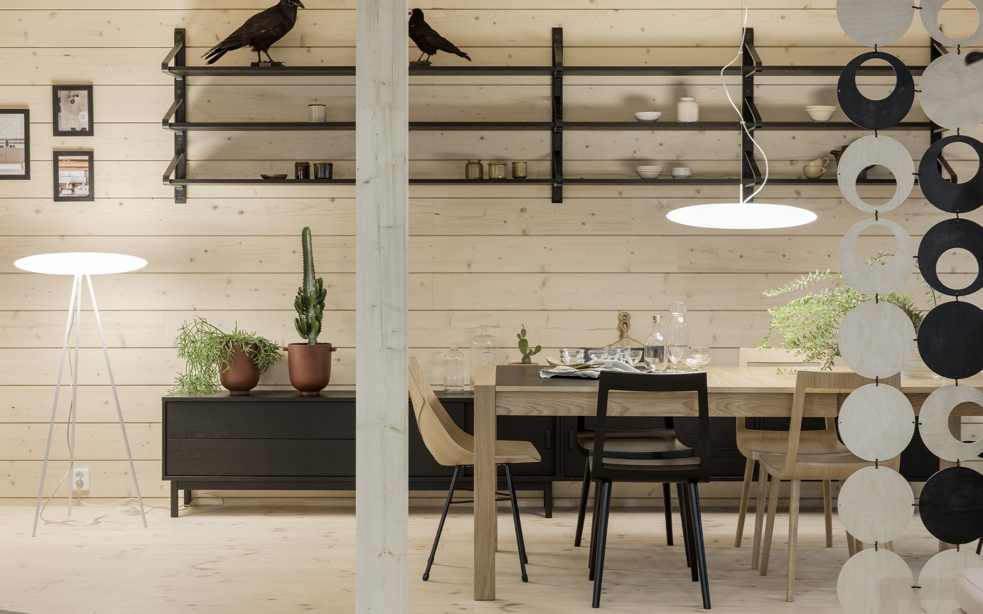 Mars pendant light and floor light in wooden dining room