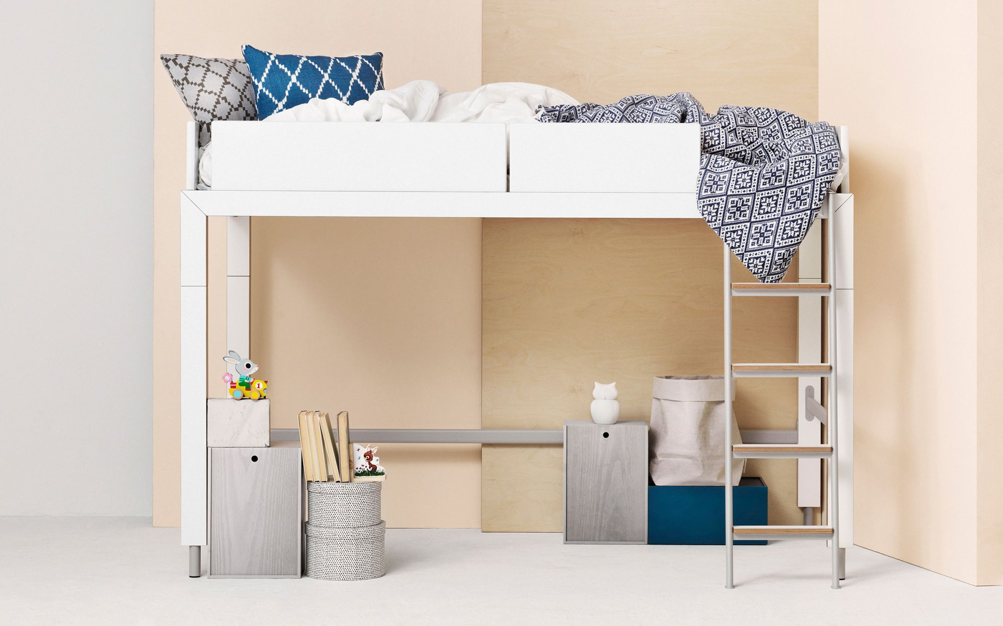 Bed-loftbed-Lofty-white-decorated
