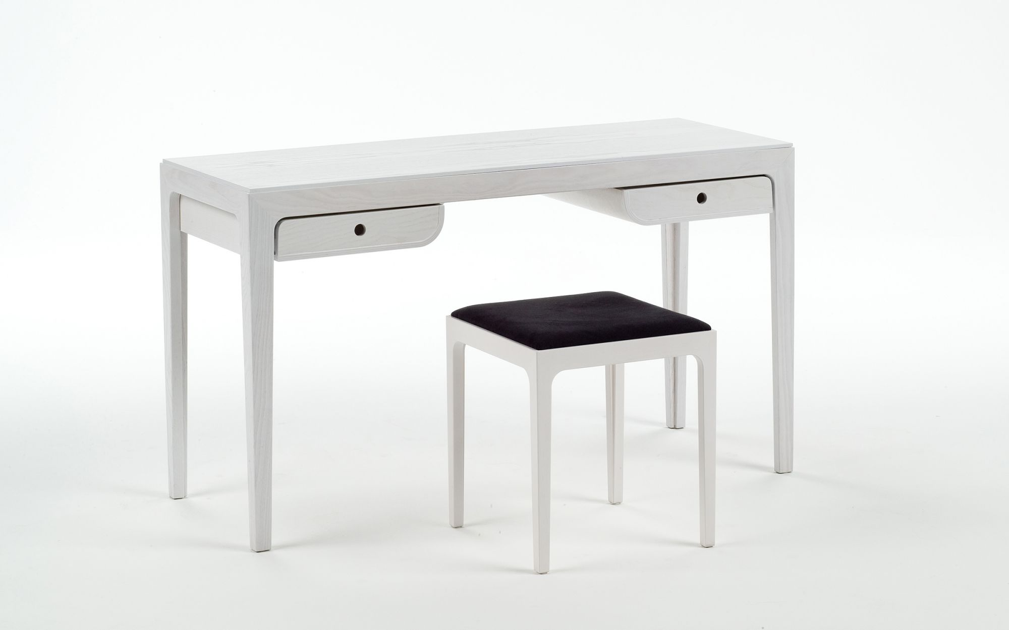 Dressingtable-stool-In-white