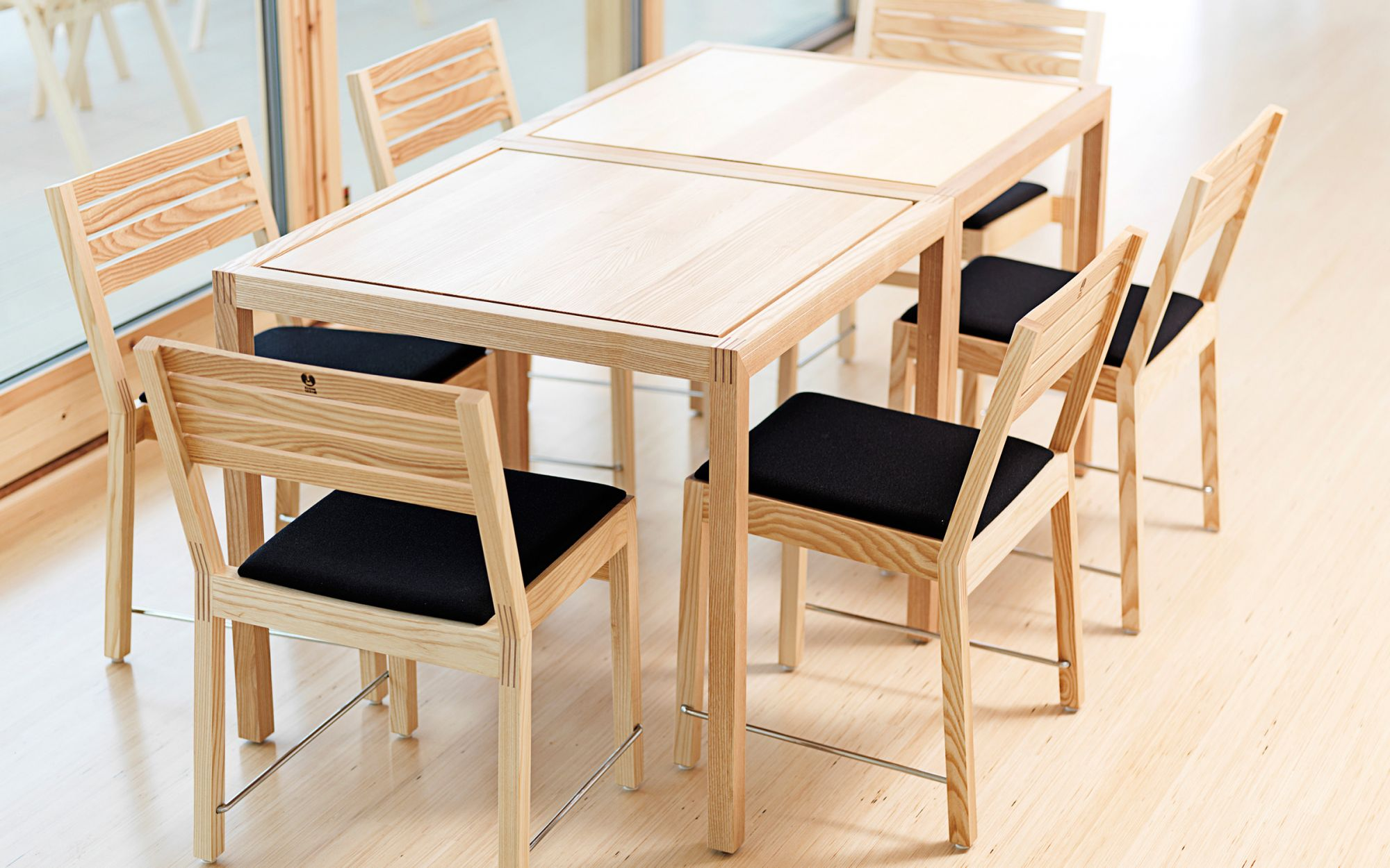 Series Piano chair table wood group