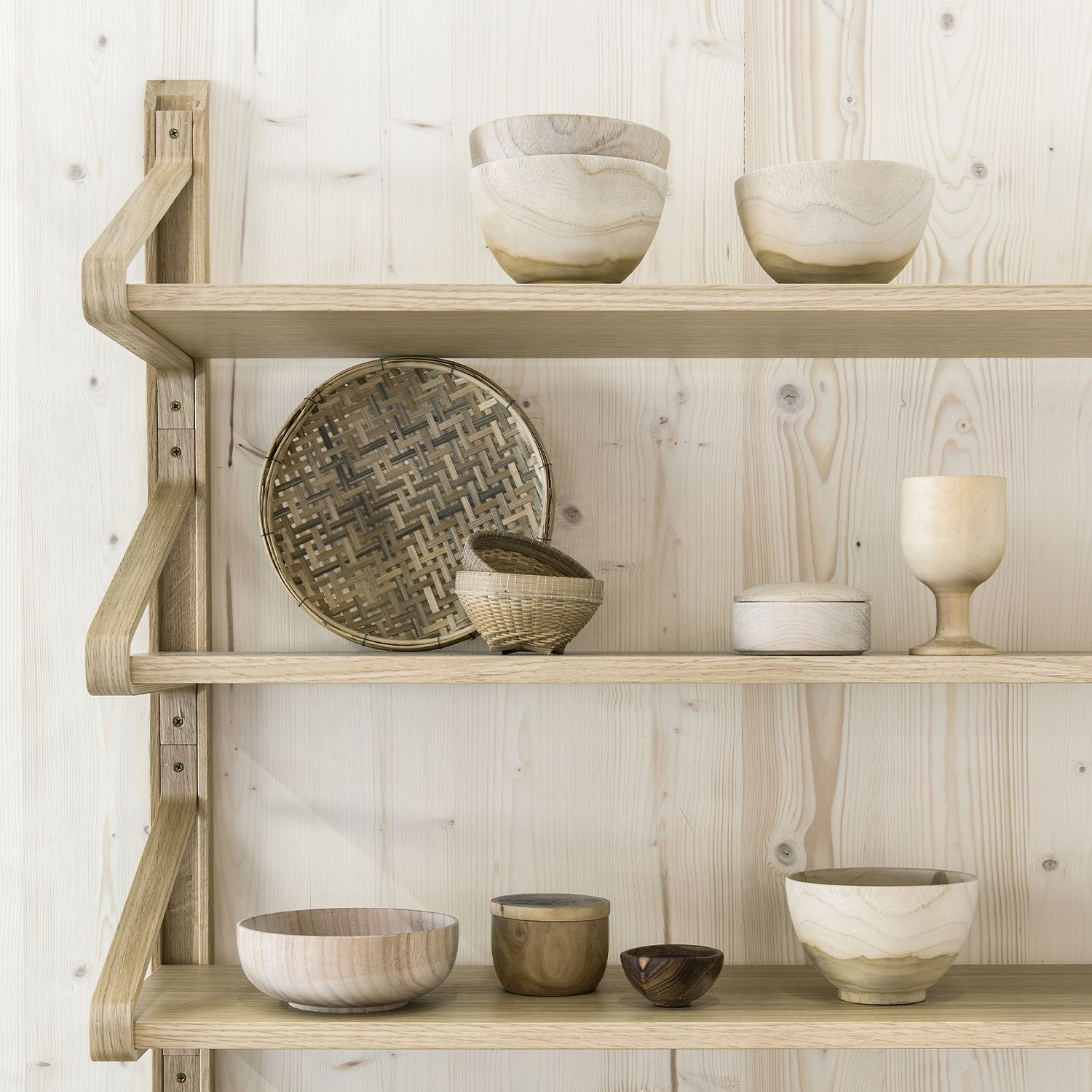 Wooden shelf system for favorite things