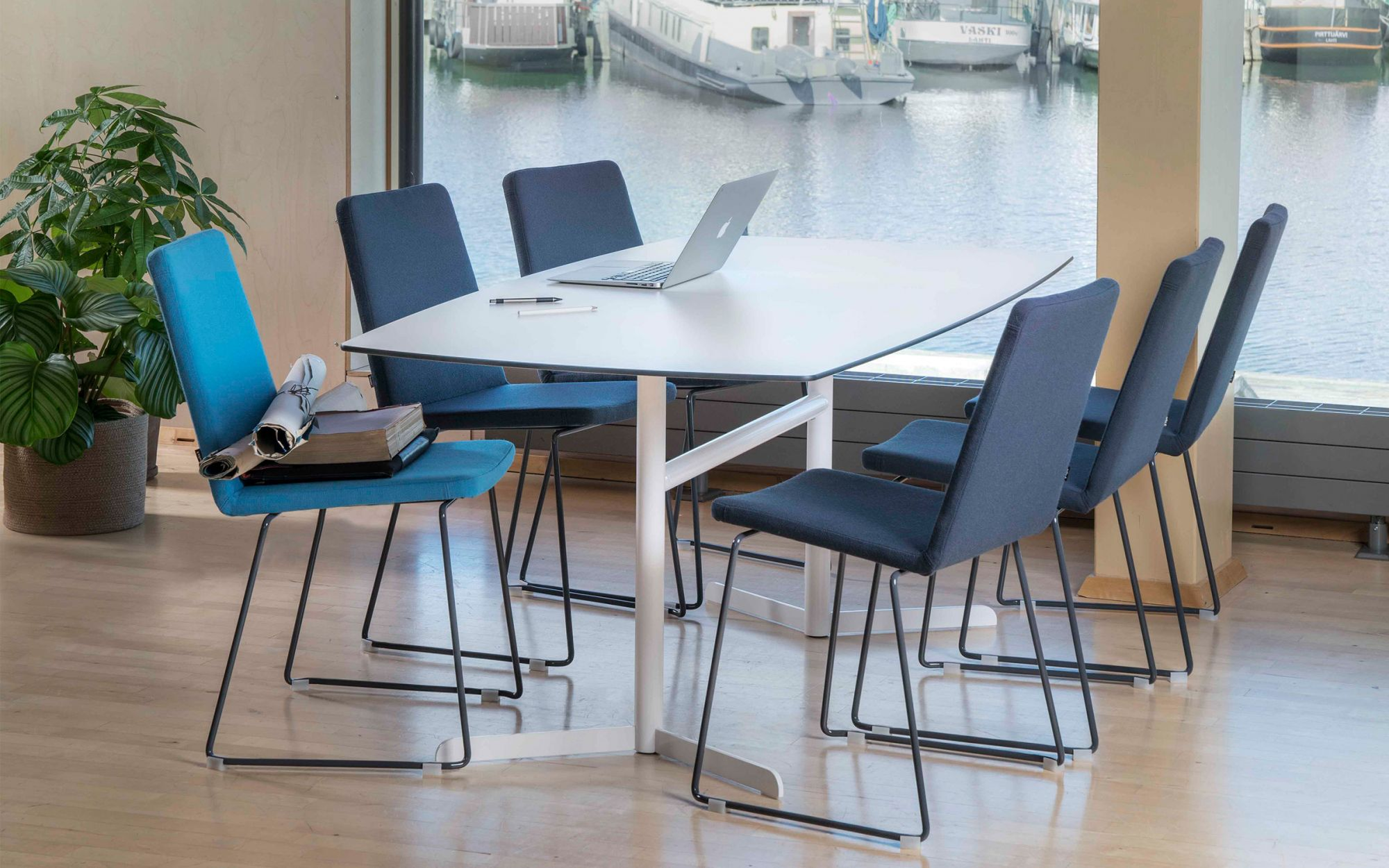 Table-Trim-white-group
